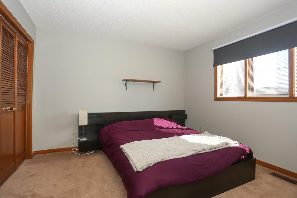 61 Bedroom 2.jpg