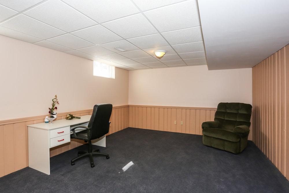 74 Spare Room.jpg