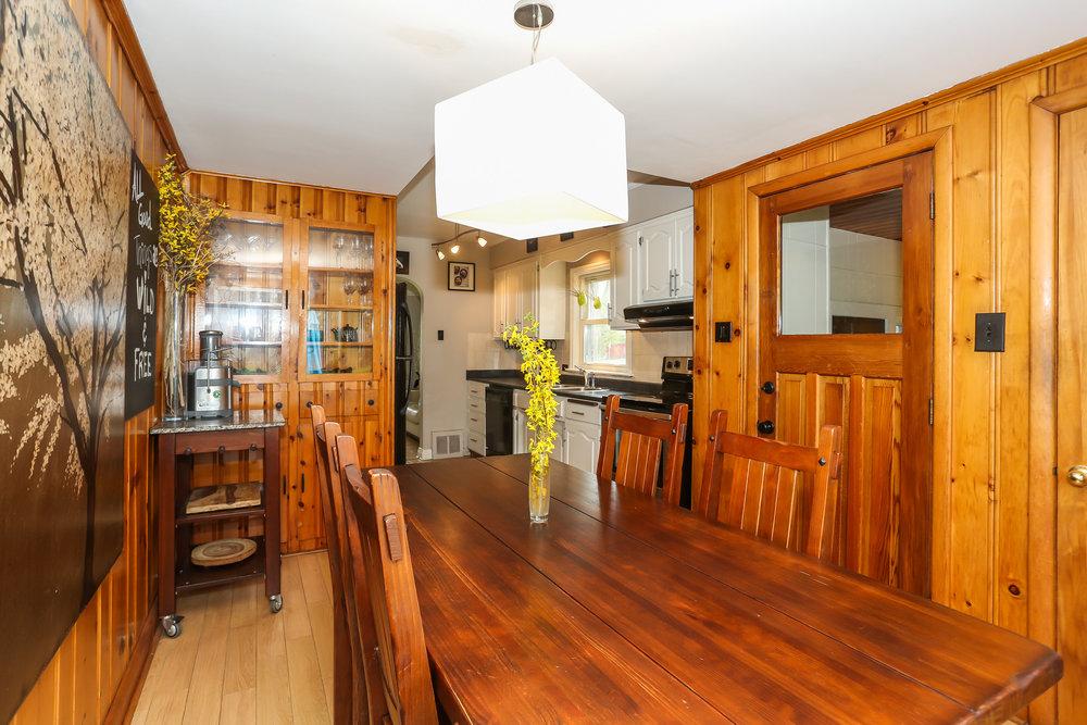 22 Dining Room.jpg