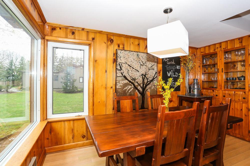 21 Dining Room.jpg