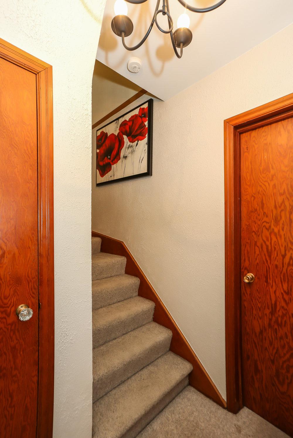 38 Stairway.jpg