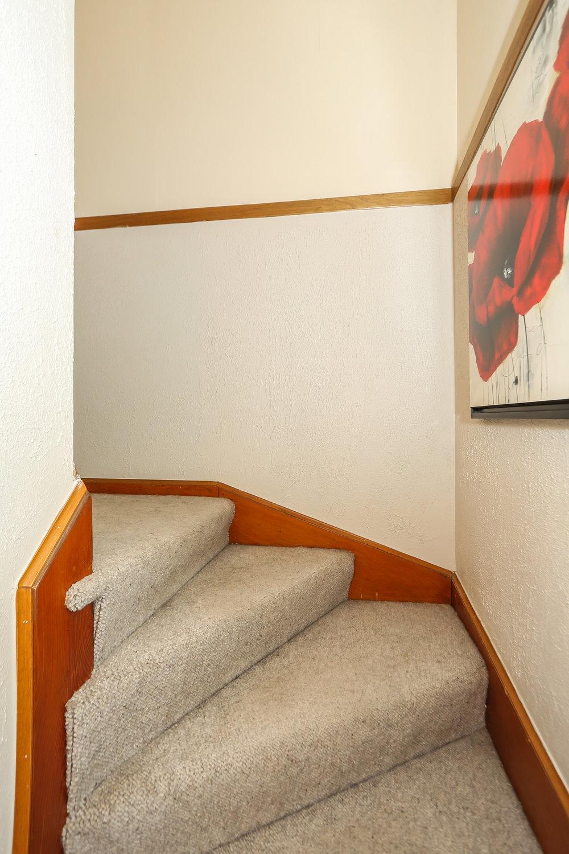 39 Stairway.jpg
