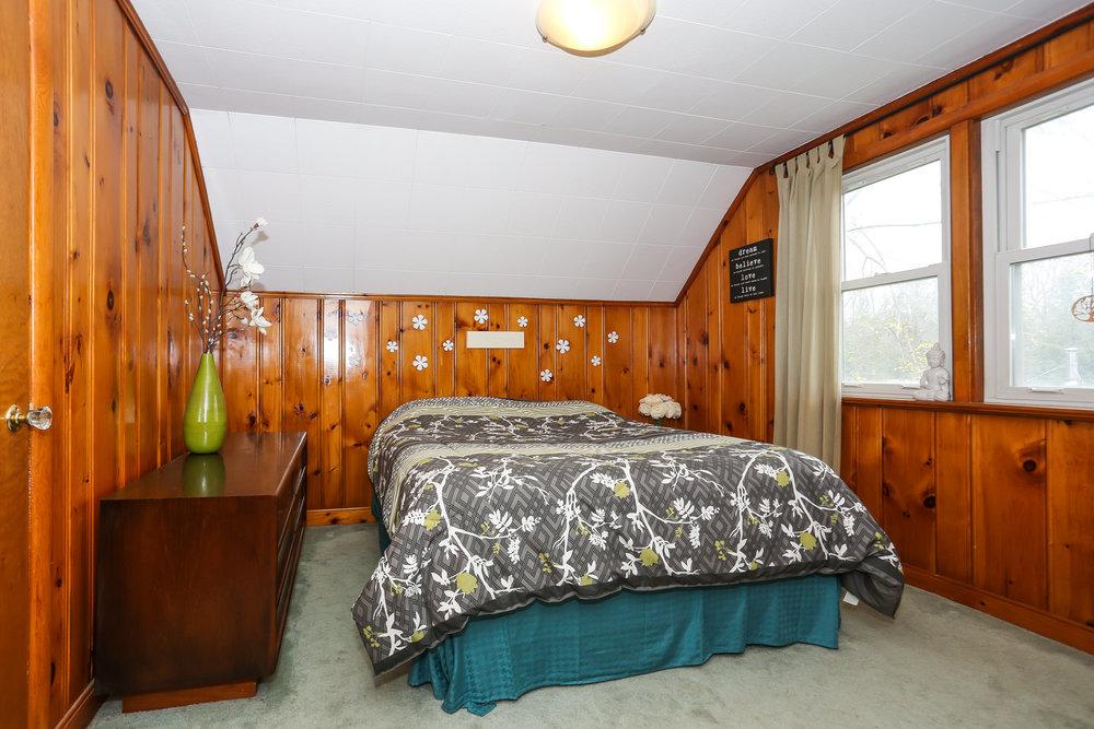 43 Bedroom 3.jpg