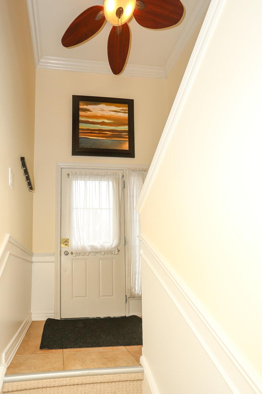 09 Foyer.jpg