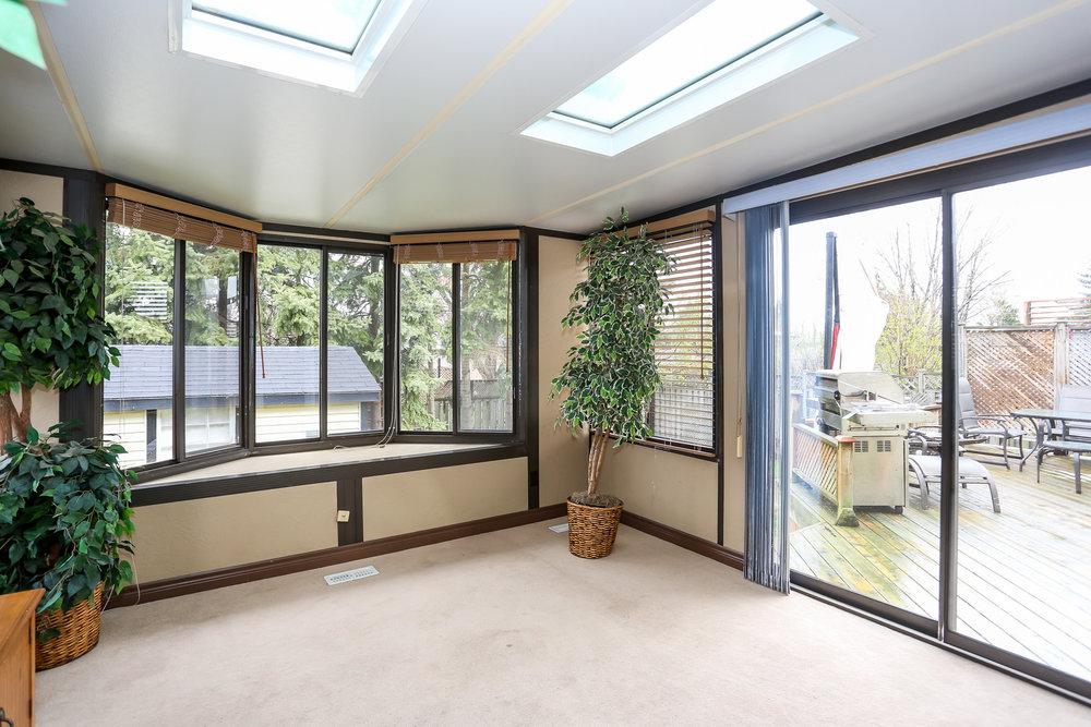 28 Sun Room.jpg