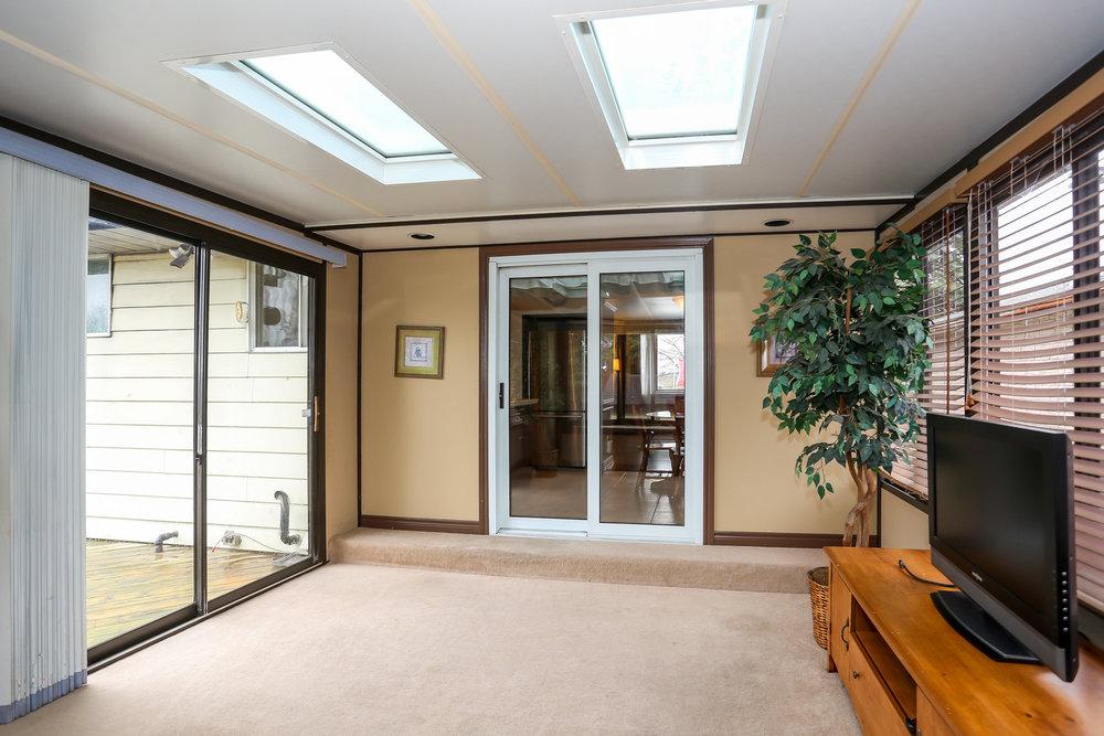 30 Sun Room.jpg