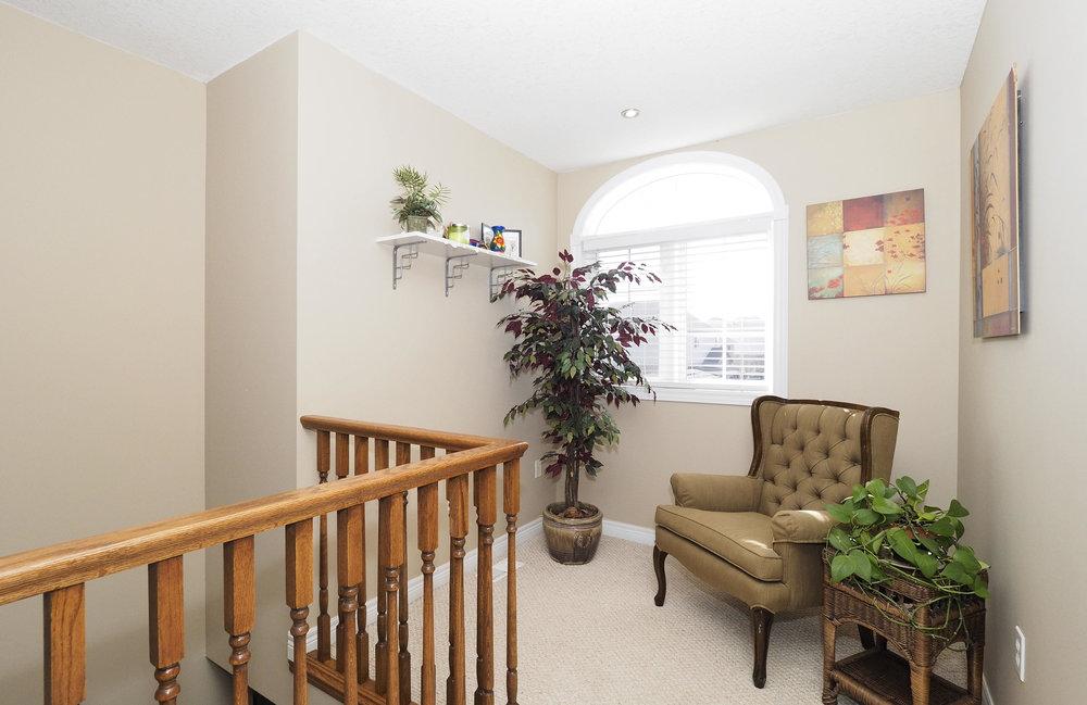 50 Upstairs hallway.JPG