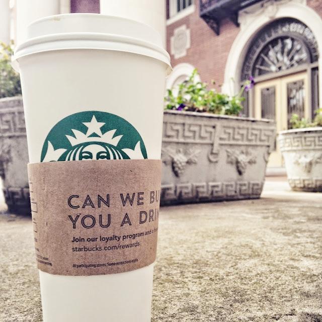 I found a Starbucks!