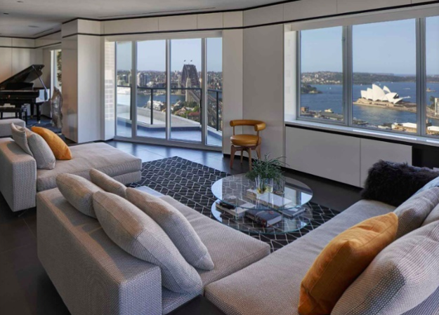 If you're looking for views of Sydney Harbour, including the city's famous opera house, Sydney Harbour Bridge, and the Pacific Ocean, this contemporary duplex has them in spades.
