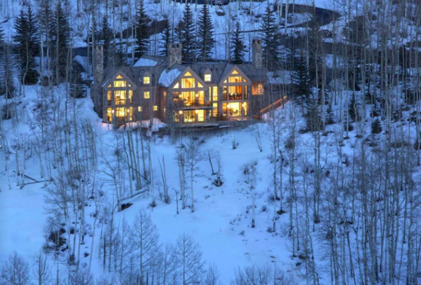 This mountain estate, minutes from the Old West town and ski resort of Telluride, is a haven of tranquility and innovative design in Colorado's San Juan Mountains.