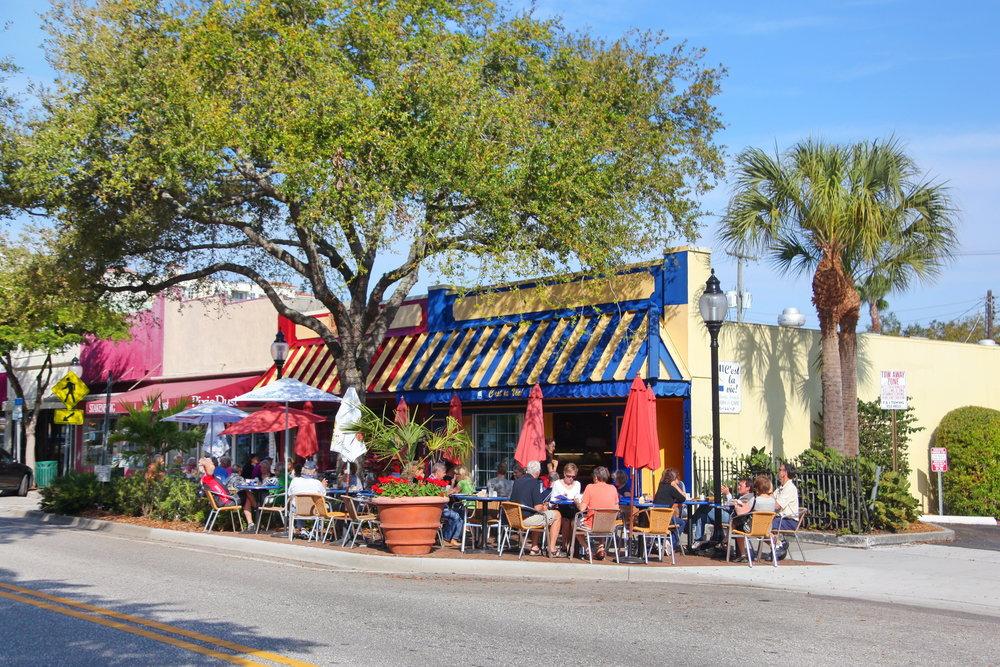 270 Cosmopolitan Ct Sarasota-print-035-37-chpteam 32-4080x2720-300dpi.jpg