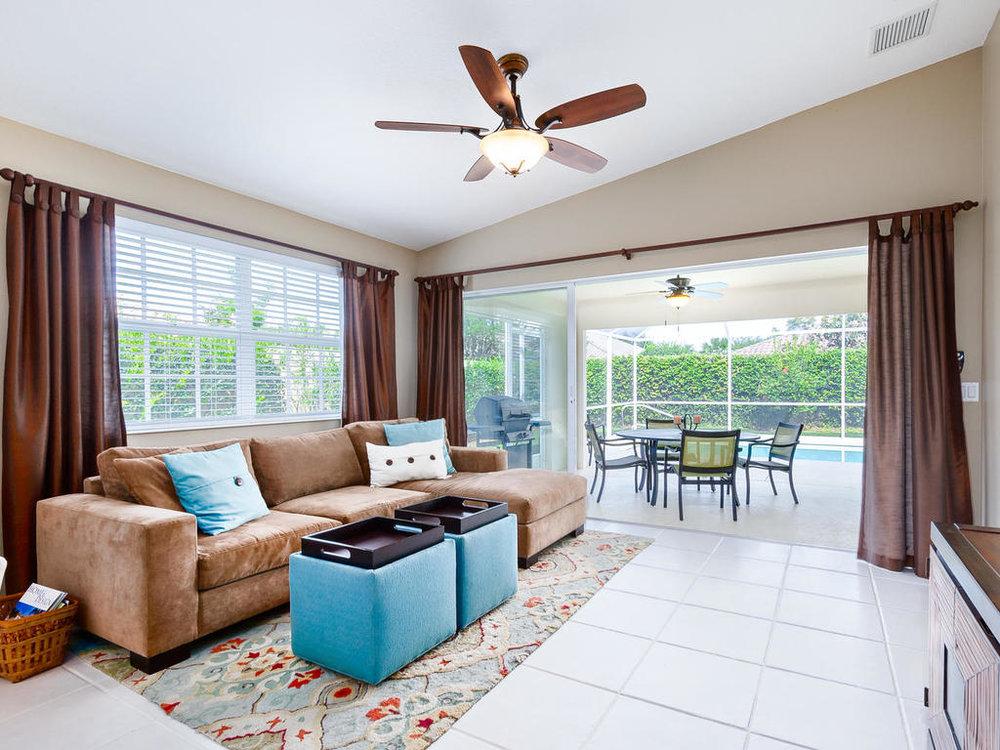 7546 Quinto Dr Sarasota FL-MLS_Size-016-2-chpteam 15-1024x768-72dpi.jpg