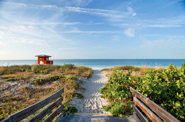 The snowbirds come for this view, and stay for it too! Selling season is here now that snow is falling up north. Who wouldn't rather be at the beach?