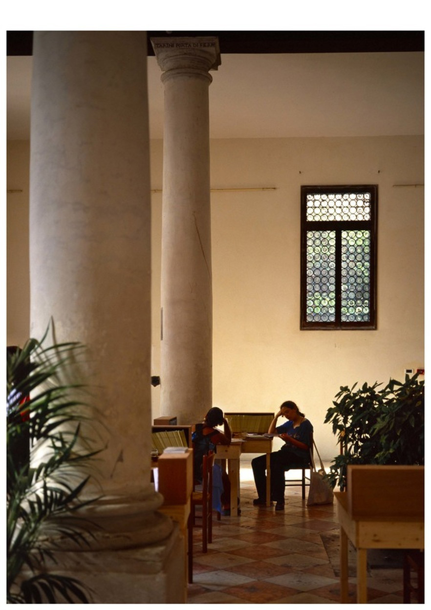 Katie Holten Venice Biennale Books 2003.jpg