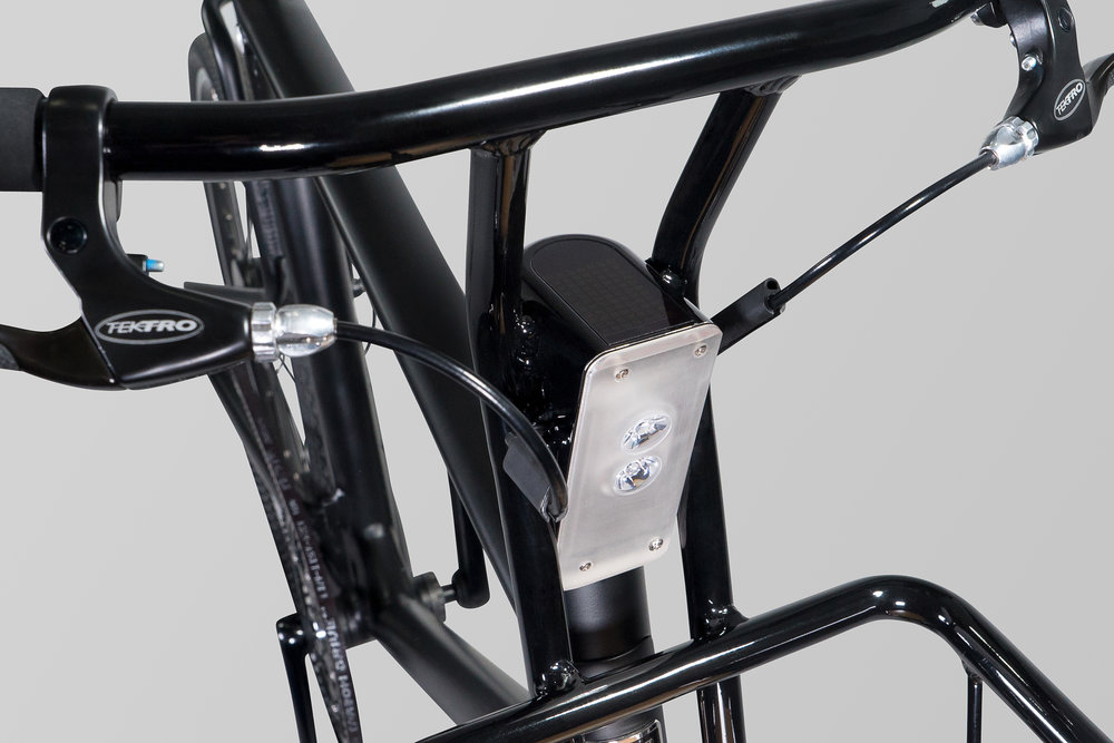 PureCycles_EBike_GreySeamless_Detail1.jpg