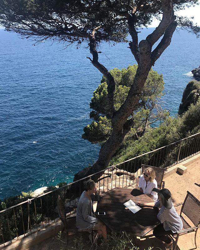 Office relocation: this week's garden desk by the Mediterranean.