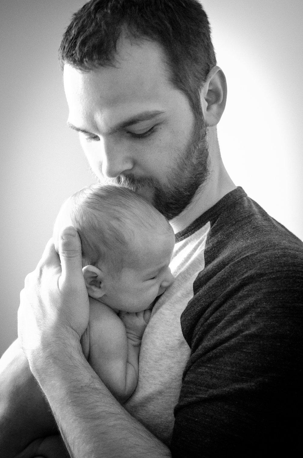 Jakobi Newborn Web-16.jpg