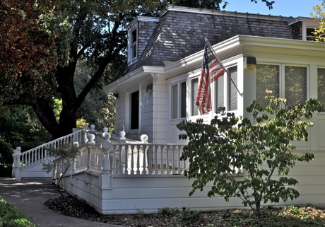 Historic Latham-Hopkins Gatehouse, 555 Ravenswood Ave, Menlo Park