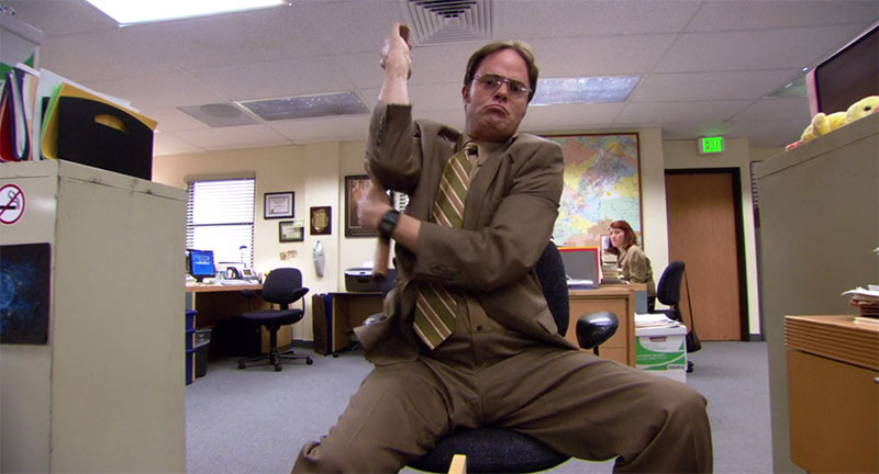 the_office_dwight_schrute_nunchucks.jpg
