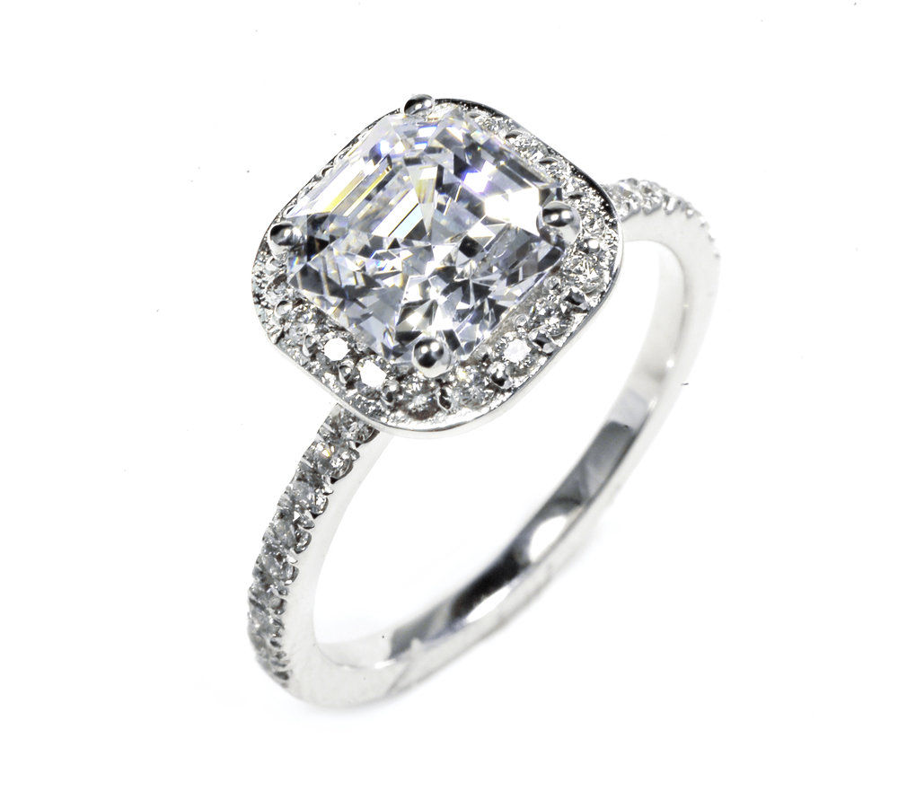 OGI Style 646. Style is Available from0.50 carat to 3 carat center stone