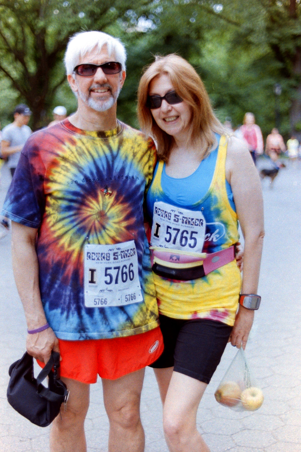 Tie-dye: Always in vogue at the NYRR Retro 5-Miler