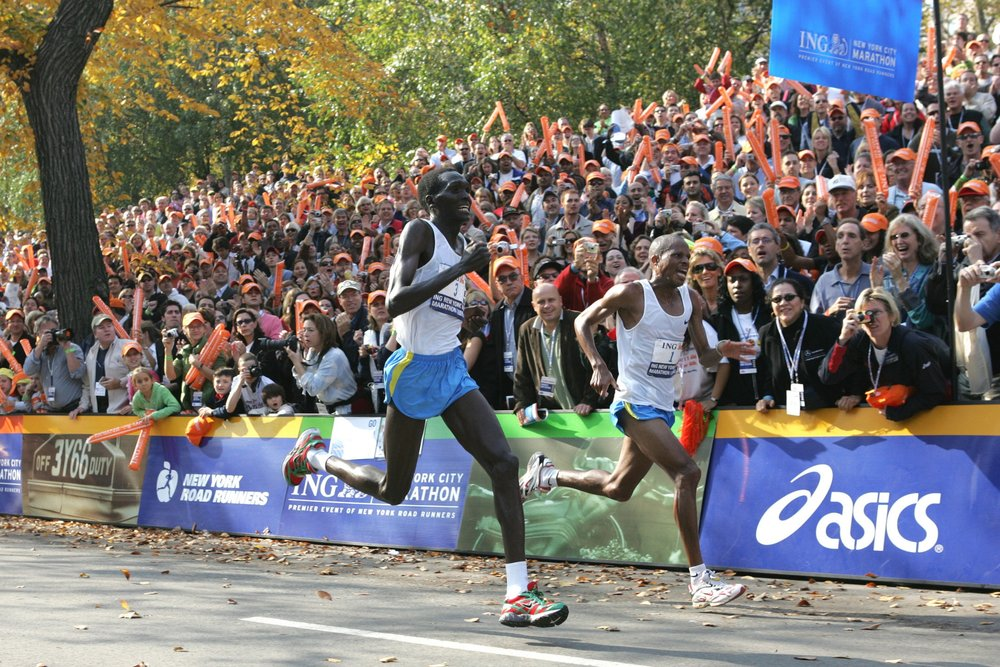 Tergat and Ramaala sprint side-by-side down the homestretch in Central Park.