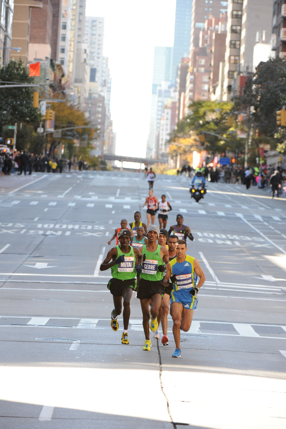 The breakaway begins on First Avenue, with Keflezighi visible in the background.