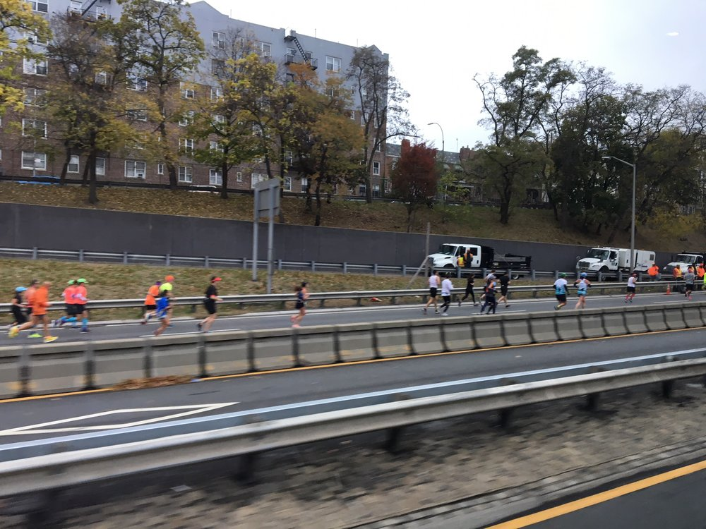 Runners from bus.jpg