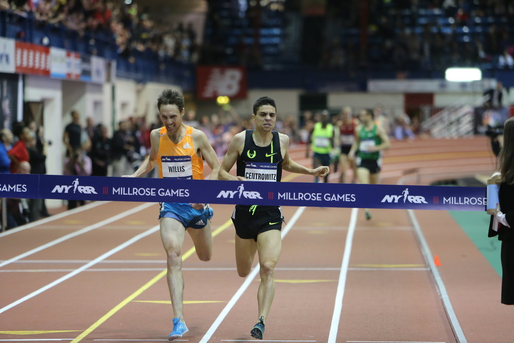 At the 2015 NYRR Wanamaker Mile, Willis was out-leaned by 0.11.