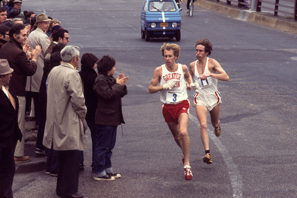 Bill Rodgers's victorious 2:10:10 finish at the 1976 New York City Marathon was the world's fastest marathon time that year.