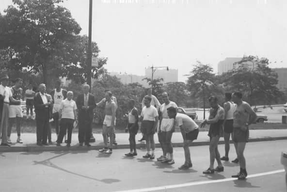 The start of a 1950s-era race on Sedgwick Avenue.  Photo courtesy of Gary Corbitt.