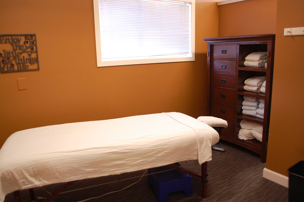 Columbia City Chiropractic Massage Room