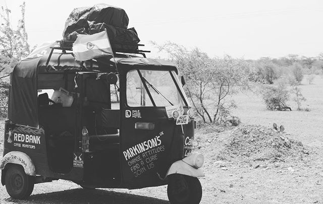The finish is in sight!#rickshawrun2017 #finishinsight #parkinsonsuk #redbankcoffeeroasters #dalelodgehotel #goingthedistance #parkinsonsawarness #parkinsonsdisease #thecalvettrust #jaisalmer #india #desert #clicklinkinbio
