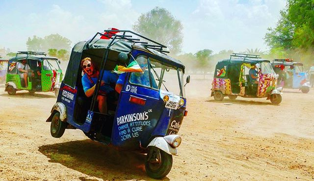 We had to give her one final spin!  #rickshawrun2017 #winston #parkinsonsuk #parkinsonsdisease #parkinsonsawarness #thecalvettrust #drivingforawarness #india #3600km #7hp #desertrat #lewisatthehelm #whoneedsfirstgear #clicklinkinbio