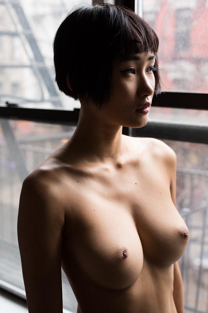 Nudes-Miki01.jpg