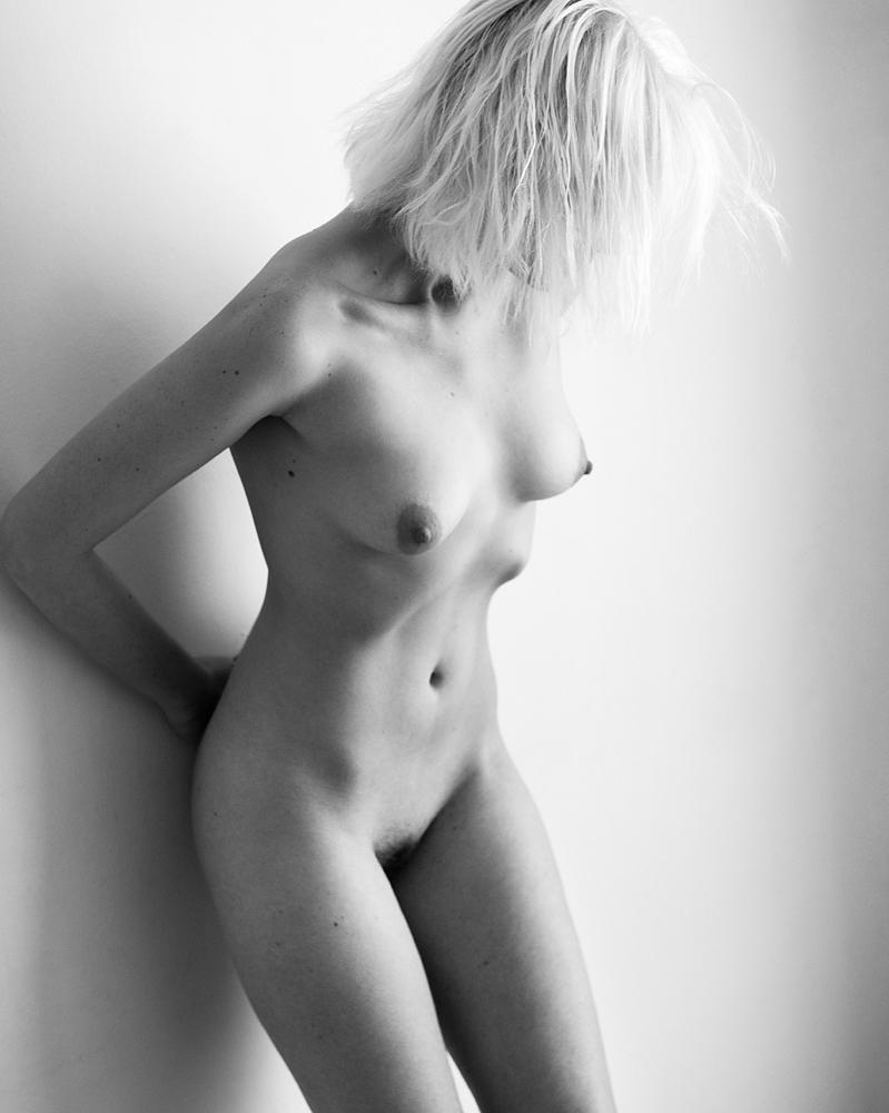 Jamiya-Wilson-Nudes-ErinMae01.jpg