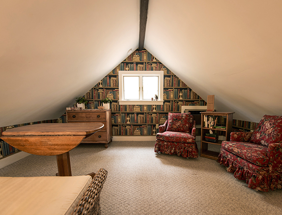 The loft sitting area/library.