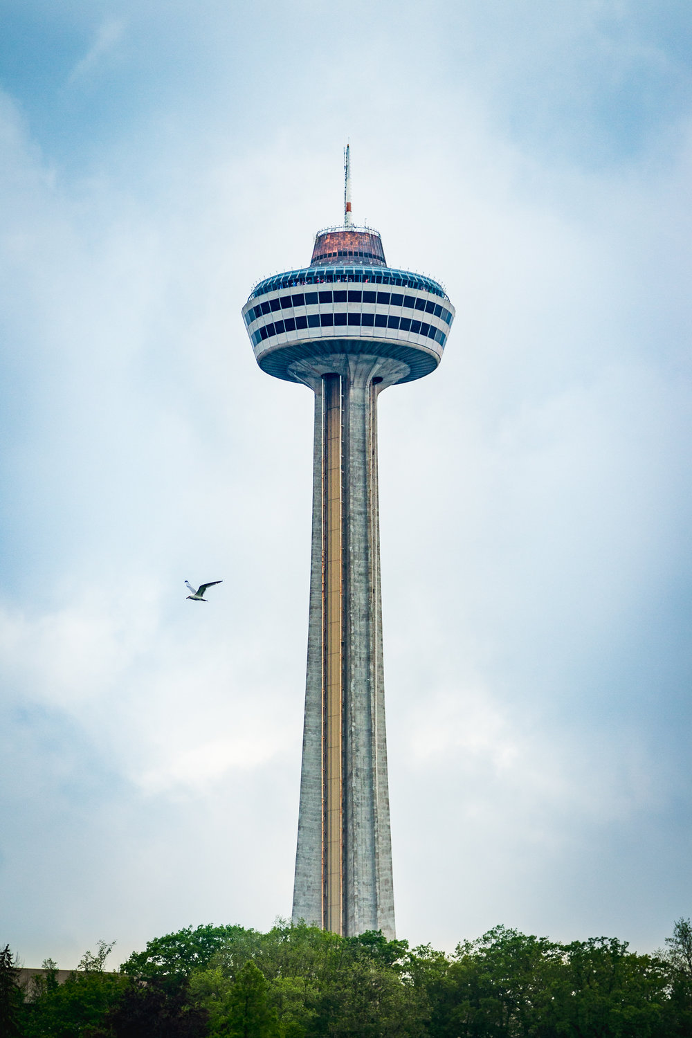 The Skylon tower in Ontario, Canada, complete with giant bird.