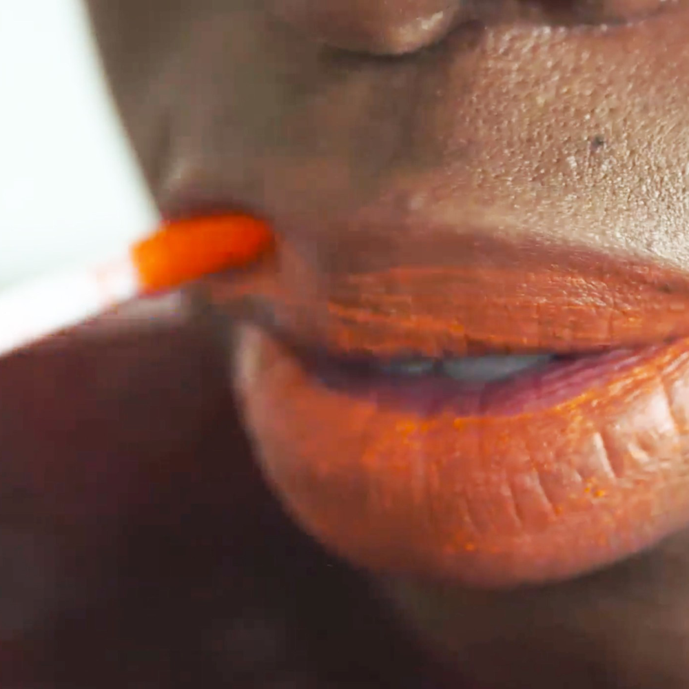 Melting Lip Powder is the Craziest New Beauty Trend