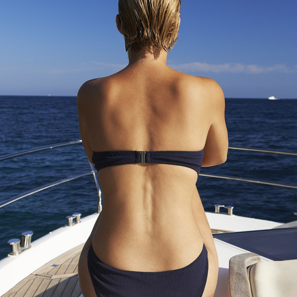 How to Apply Self-Tanner on Your Entire Back