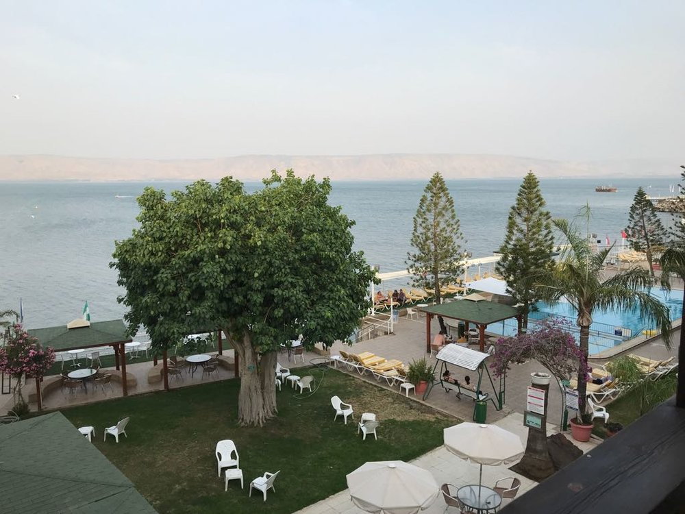 The Ron Beach Hotel, Tiberius