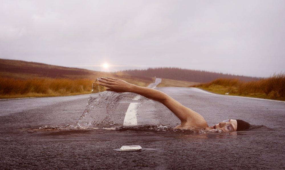 swimmer-1678307.jpg