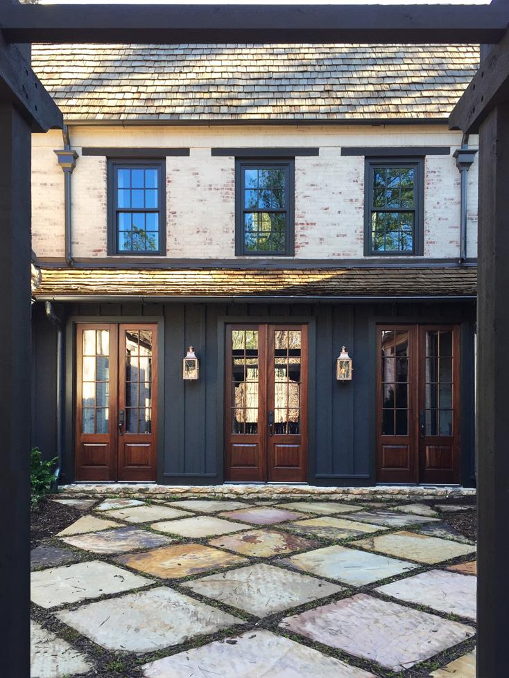 289 Entry Courtyard-1000.jpg