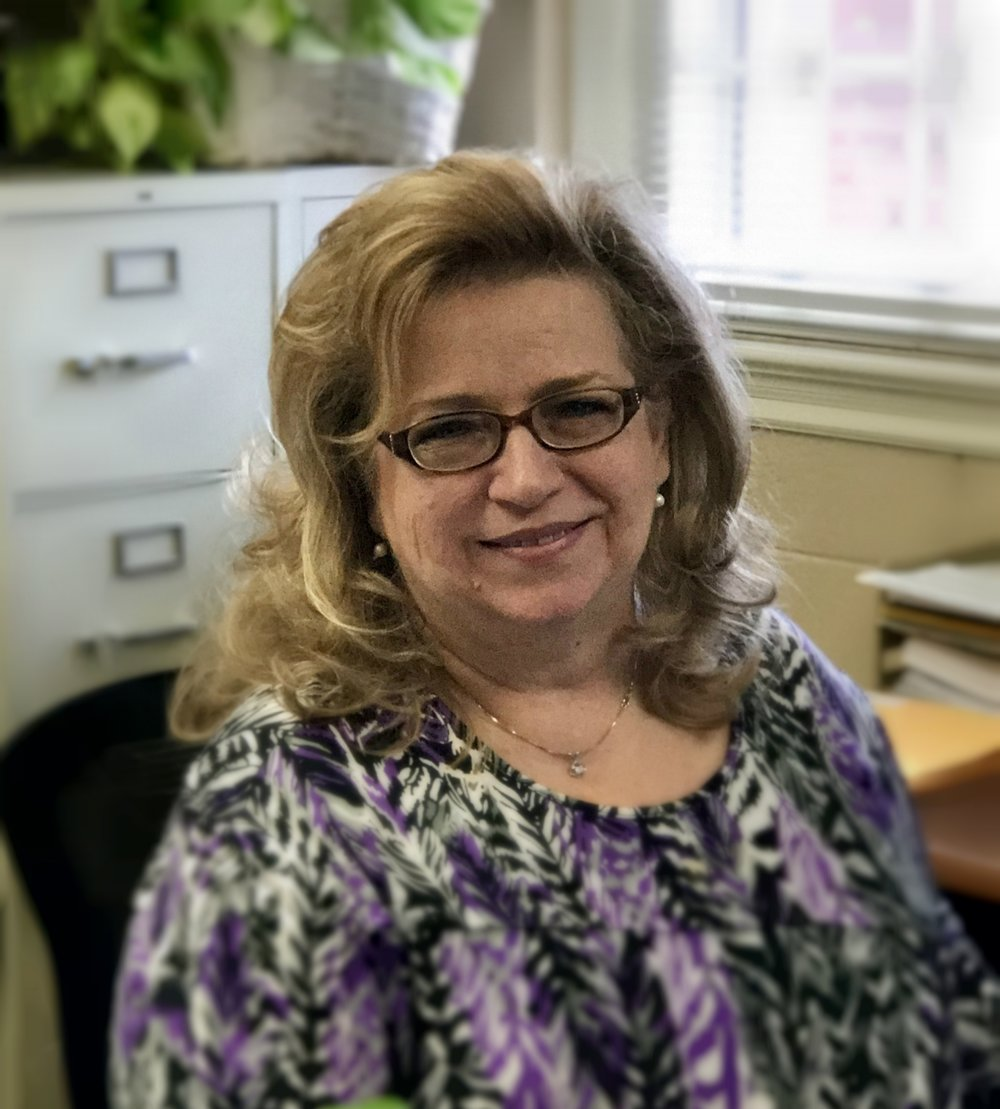 Cheri Combow, Office Manager Cheri is a High Point native and has been office administrator at Hayworth since 2012.  She and her husband Craig have 6 children.  What she loves most about Hayworth is the sense of family and the fact that so many can find a place to fit here.  Cheri really enjoys sewing, designing and making costumes, home decorating and was once the official signature for Mickey Mouse!