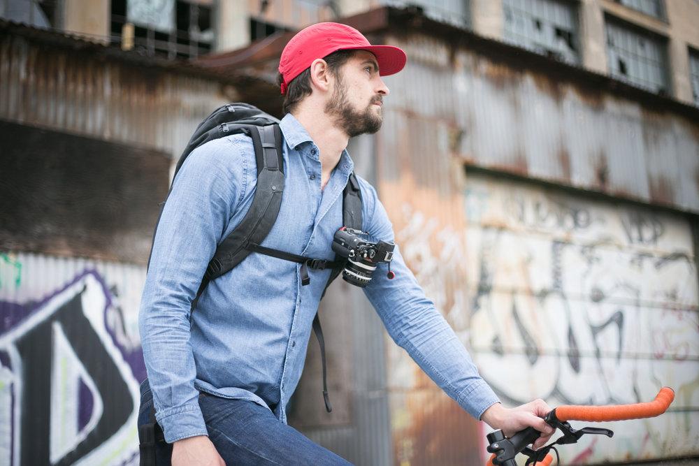 Capture Clip monterad på ryggsäck