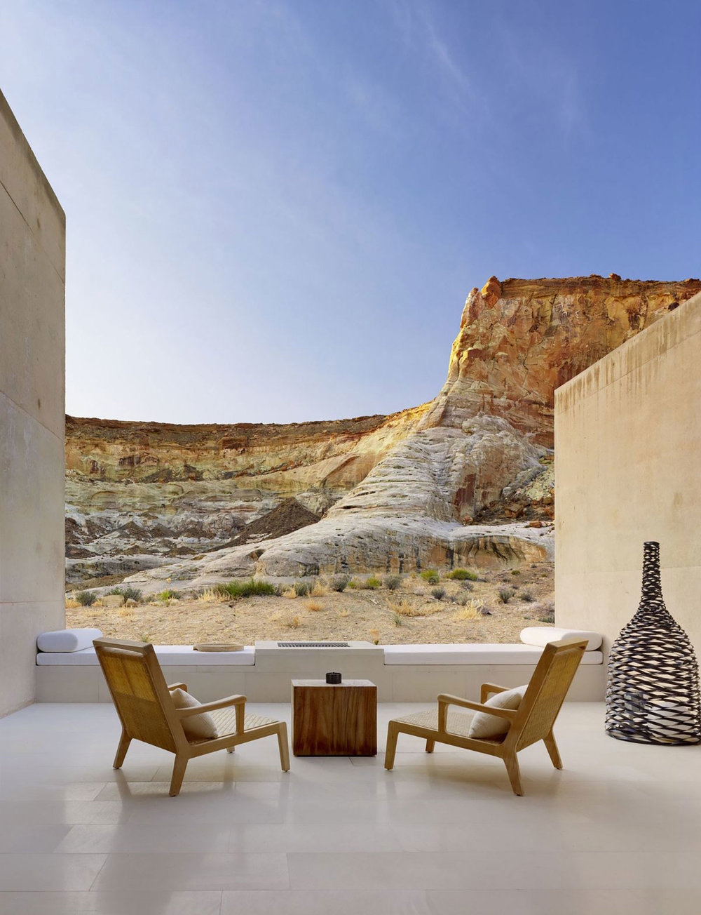 Amangiri-Resort-and-Spa-In-The-High-Desert-Of-Utah-Yellowtrace-06.jpg