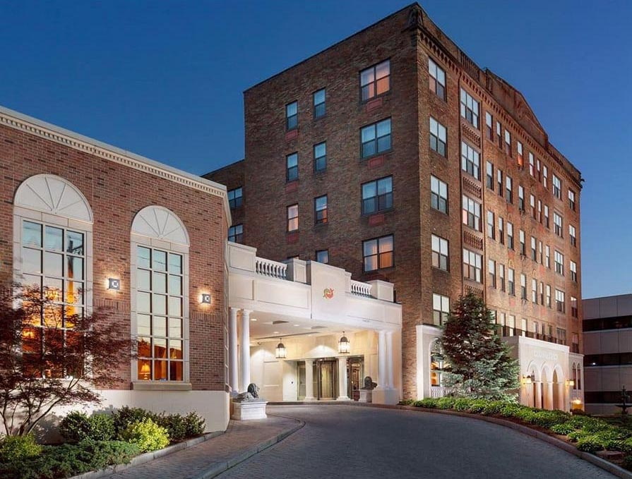 Genesee_Grand_Hotel_Syracuse_NY.jpg