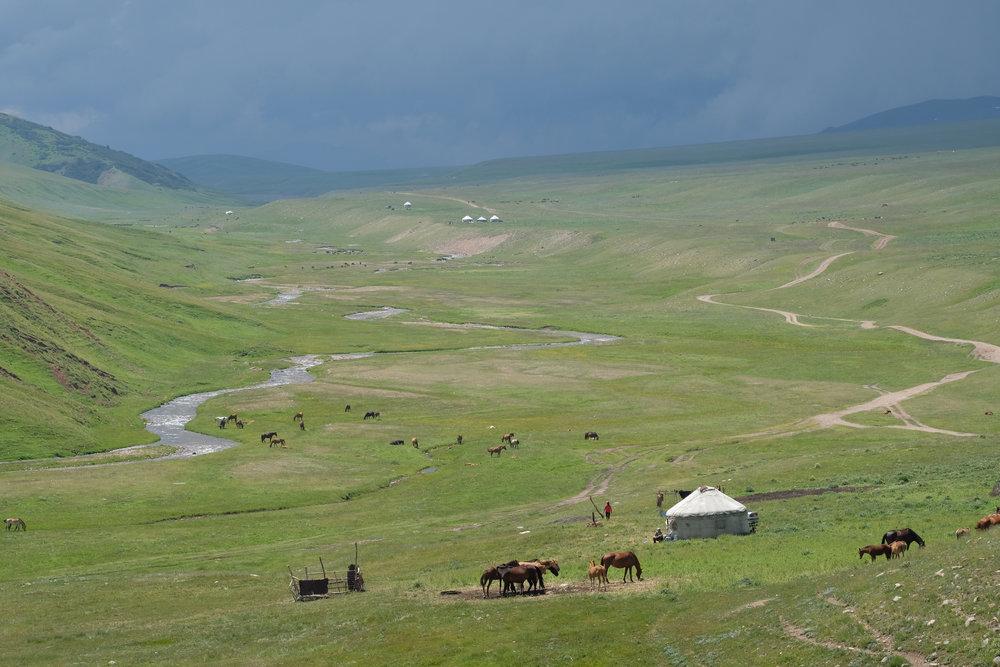kazakh-corner-route-5256_35479370825_o.jpg