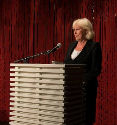 It has always been important to use well known figures from culture, arts and politics to speak on behalf of the project. Here is renowned actress Lise Fjeldstad during the launch of the Flateyjarbok project in 2014.