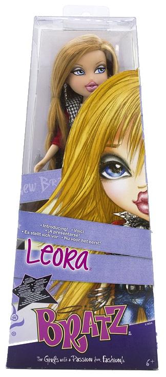 10th Anniversary Leora